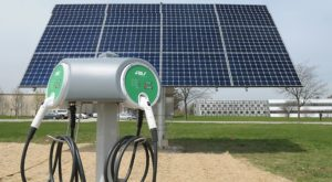 4 Emerging Ways to Pair Electric Vehicles and Renewable Energy